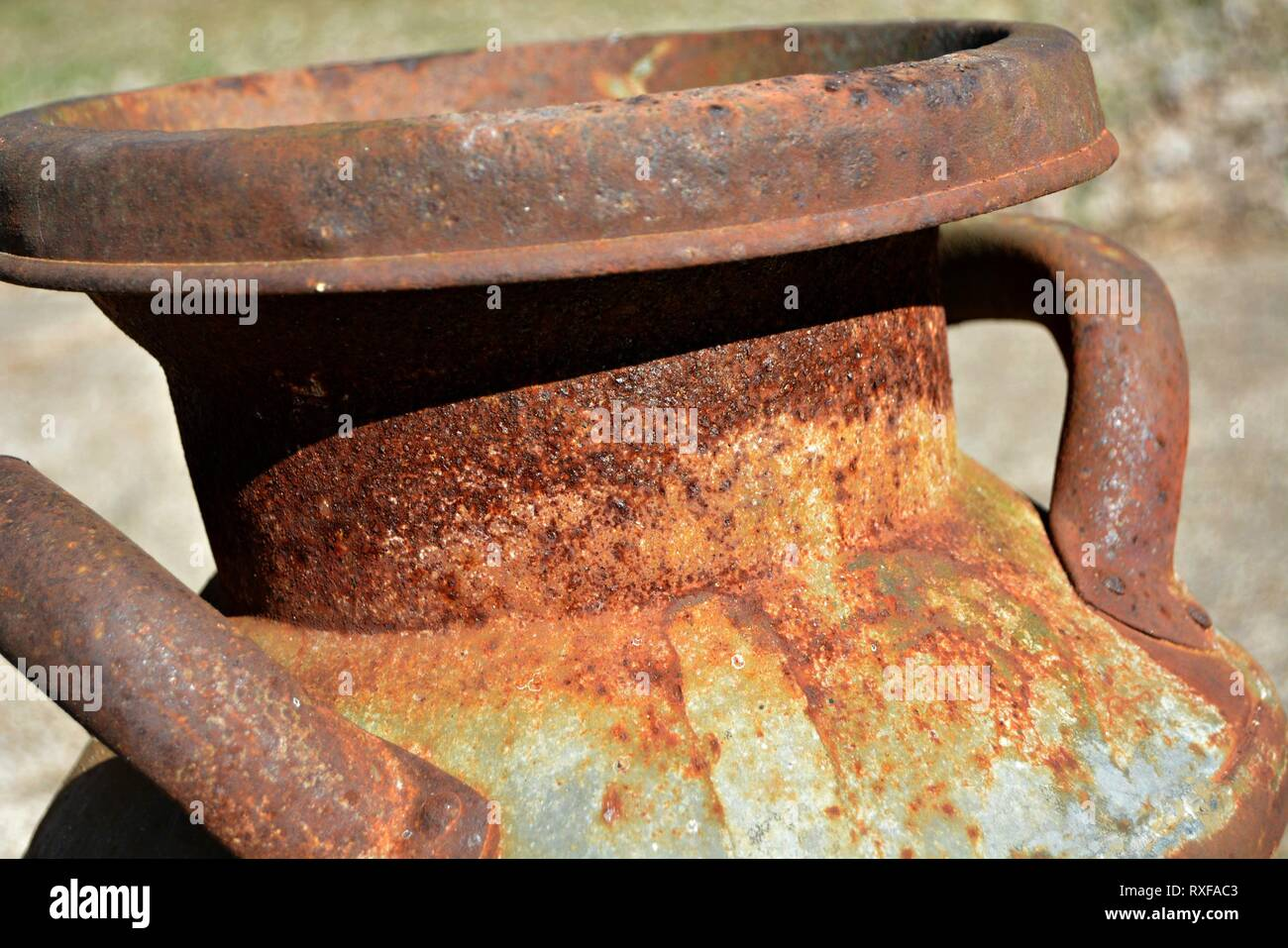 Large Can Stock Photos & Large Can Stock Images - Alamy