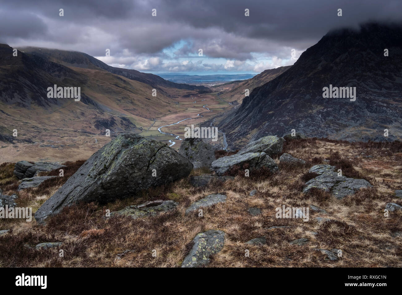 The Nant Ffrancon Valley from Y Gribin, Snowdonia National Park, North Wales, UK - Stock Image