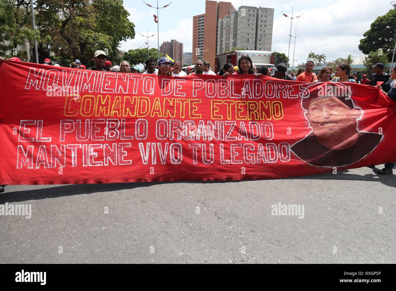 Caracas, Venezuela. 09th Mar, 2019. Hundreds of people participate in an official march against imperialism and electric sabotage, in Caracas, Venezuela, 09 March 2019. Credit: Raul Martinez/EFE/Alamy Live News - Stock Image
