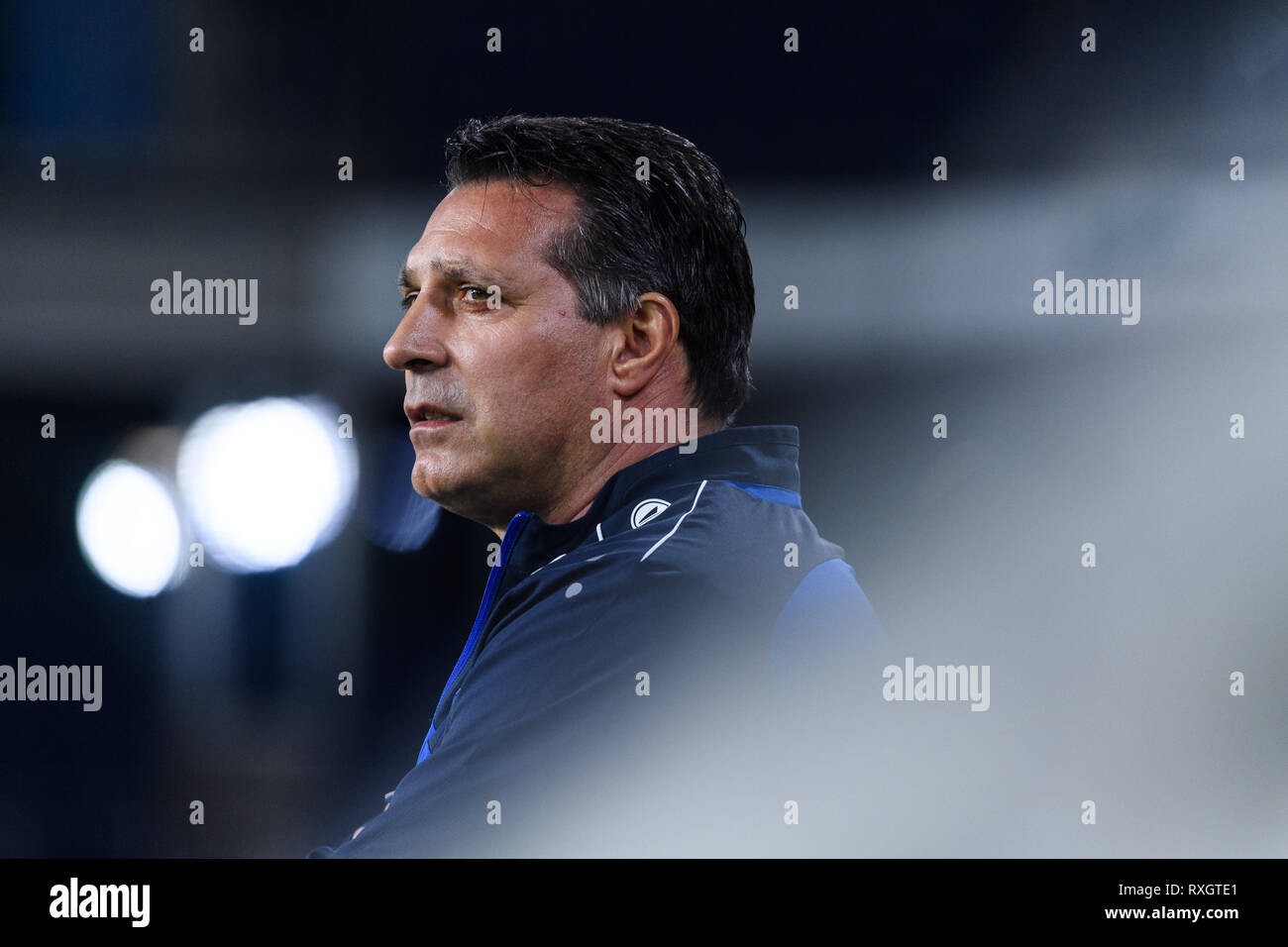 Duisburg, Deutschland. 08th Mar, 2019. Coach Alois Schwartz (KSC). GES/football/3rd league: Krefelder football club Uerdingen - Karlsruher SC, 08.03.2019 Football/Soccer: 3rd League: KFC Uerdingen vs Karlsruher SC, Duisburg, March 8, 2019 | usage worldwide Credit: dpa/Alamy Live News - Stock Image