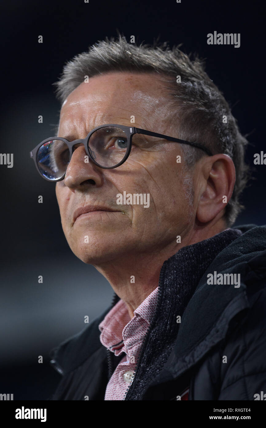 Duisburg, Deutschland. 08th Mar, 2019. Coach Norbert Maier (KFC Uerdingen 05). GES/football/3rd league: Krefelder football club Uerdingen - Karlsruher SC, 08.03.2019 Football/Soccer: 3rd League: KFC Uerdingen vs Karlsruher SC, Duisburg, March 8, 2019 | usage worldwide Credit: dpa/Alamy Live News - Stock Image