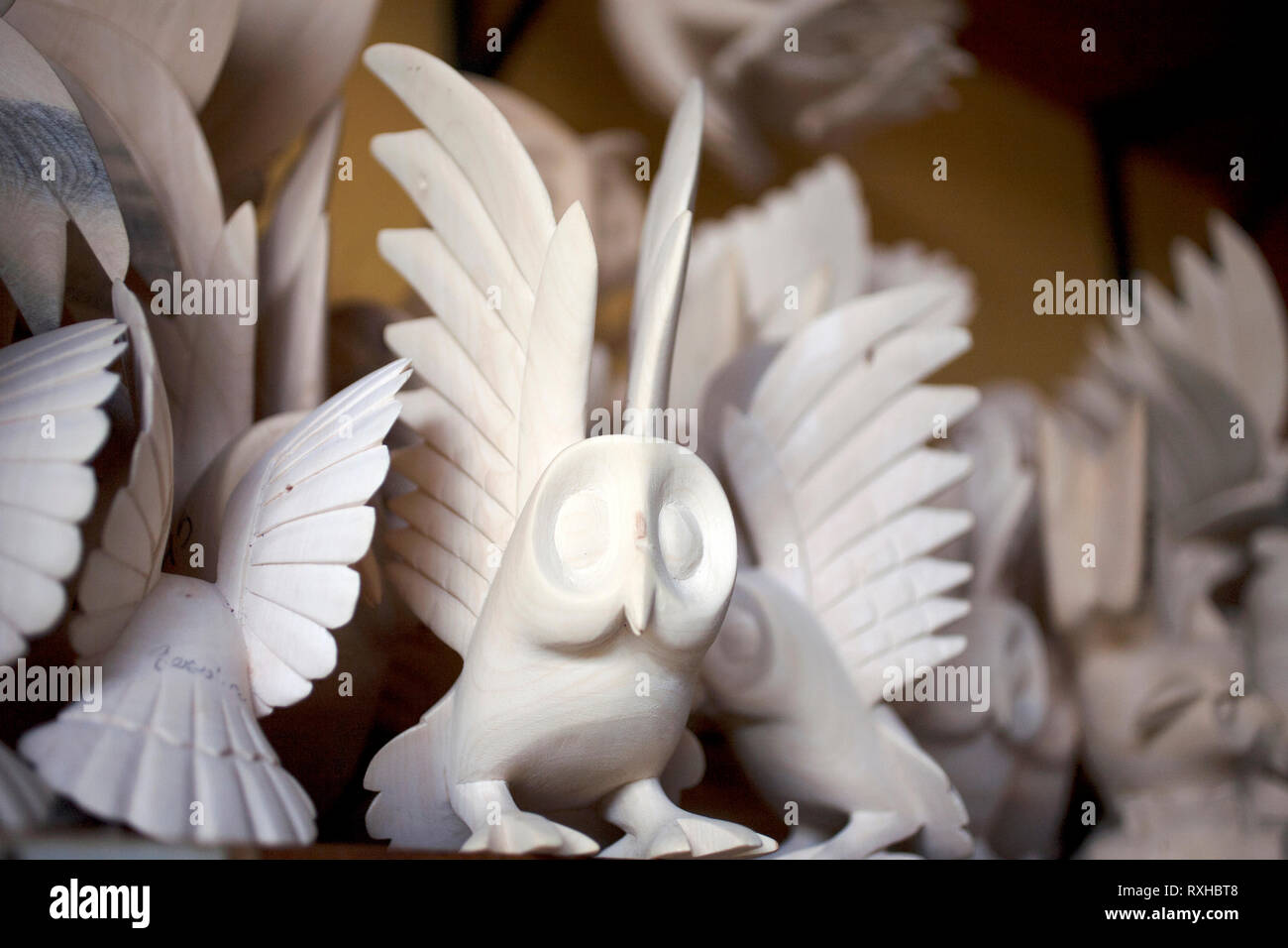 Sculptures of animals are displayed in a sculptor's studio in San Martin Tilcajete, Oaxaca, Mexico, July 13, 2012. - Stock Image