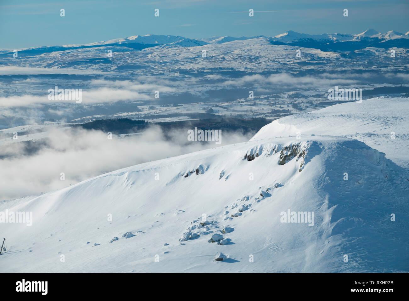 France, Puy de Dome (63), Besse-et-Saint-Anastaise, ski station of  Super Besse, Puy de Paillaret - Stock Image