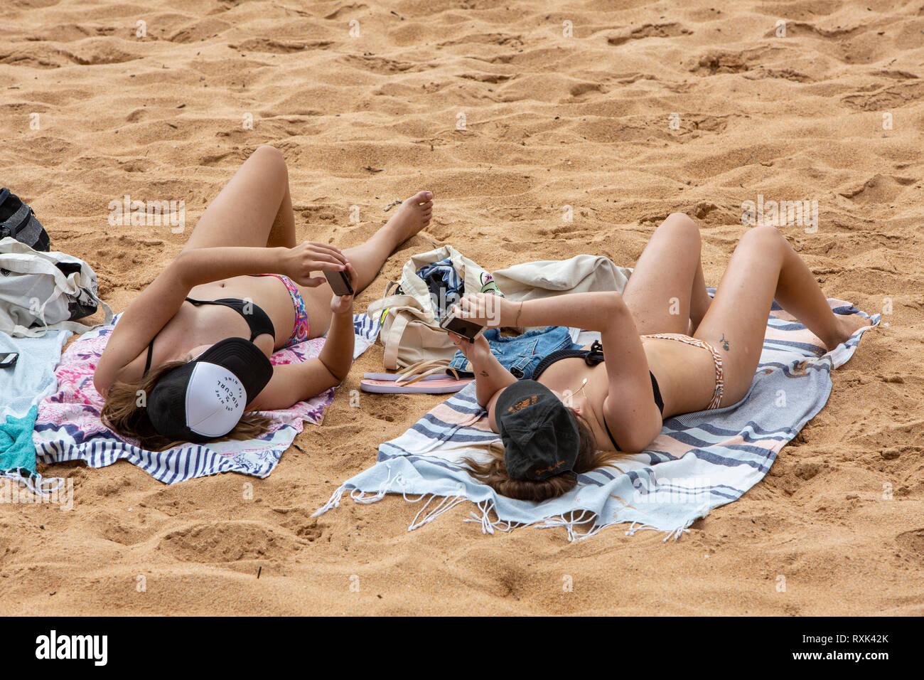 Amateur girls stripping pics
