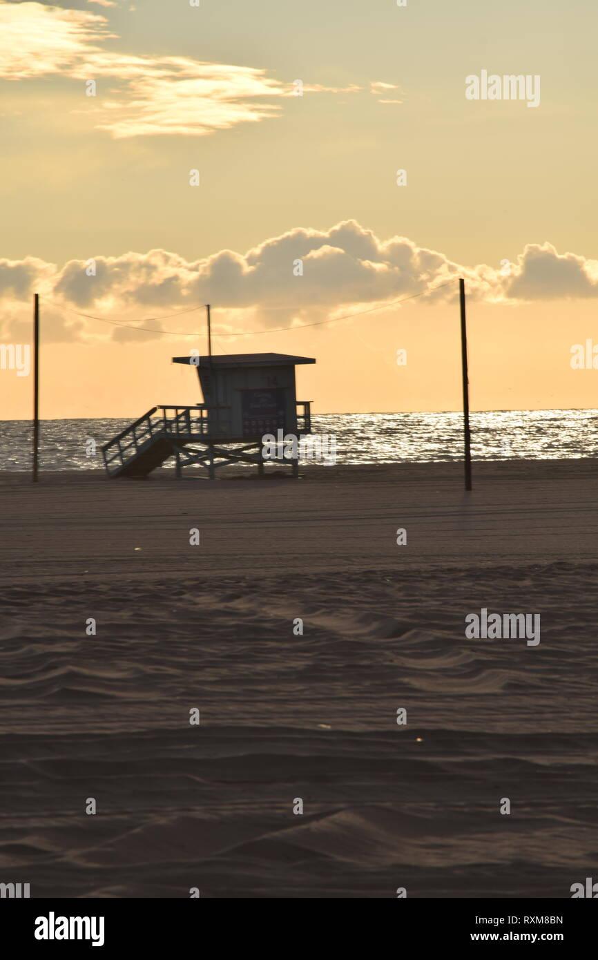9e019c400749 Sunset Baywatch Stock Photos & Sunset Baywatch Stock Images - Alamy