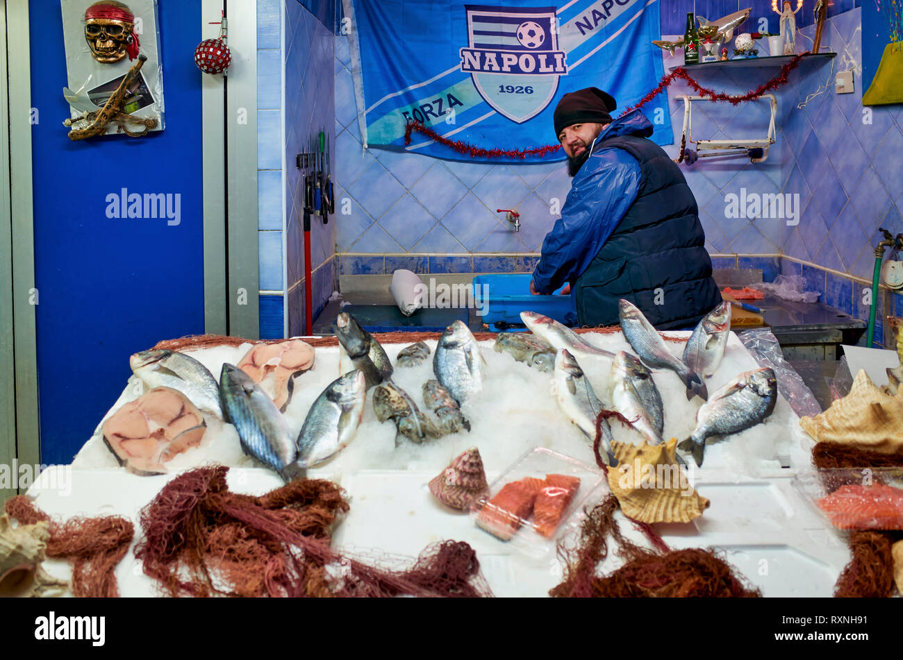 Naples Campania Italy. Fishmonger's at Quartieri Spagnoli(Spanish Quarters), a part of the city ofNaplesinItaly. It is a poor area, suffering from - Stock Image