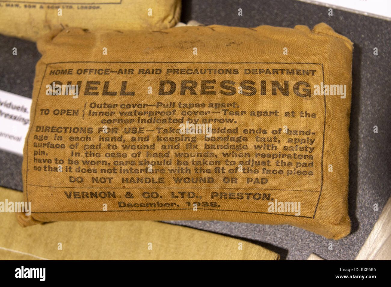 A British Army issued shell dressing on display at the Juno Beach Centre, Courseulles-sur-Mer, Normandy, France. - Stock Image