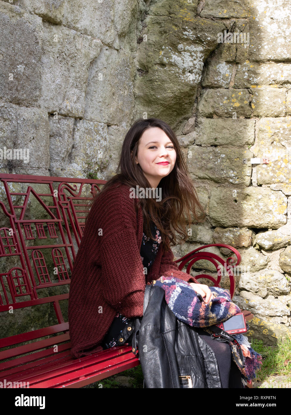 Girll / young lady, Gold hill ('Hovis' hill), Shaftesbury, Dorset, UK - Stock Image