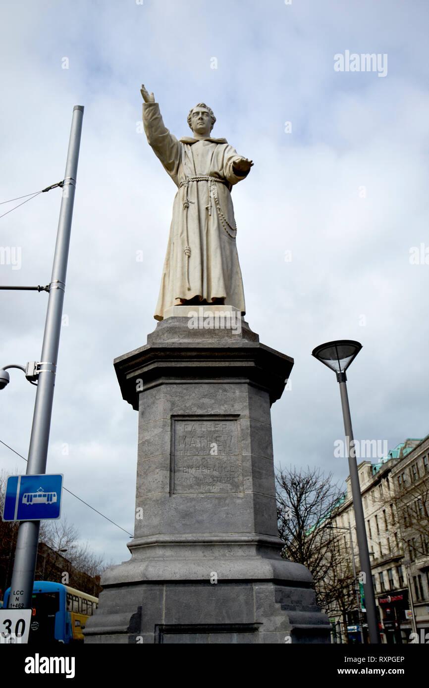 Father mathew statue on oconnell street Dublin Republic of Ireland europe - Stock Image