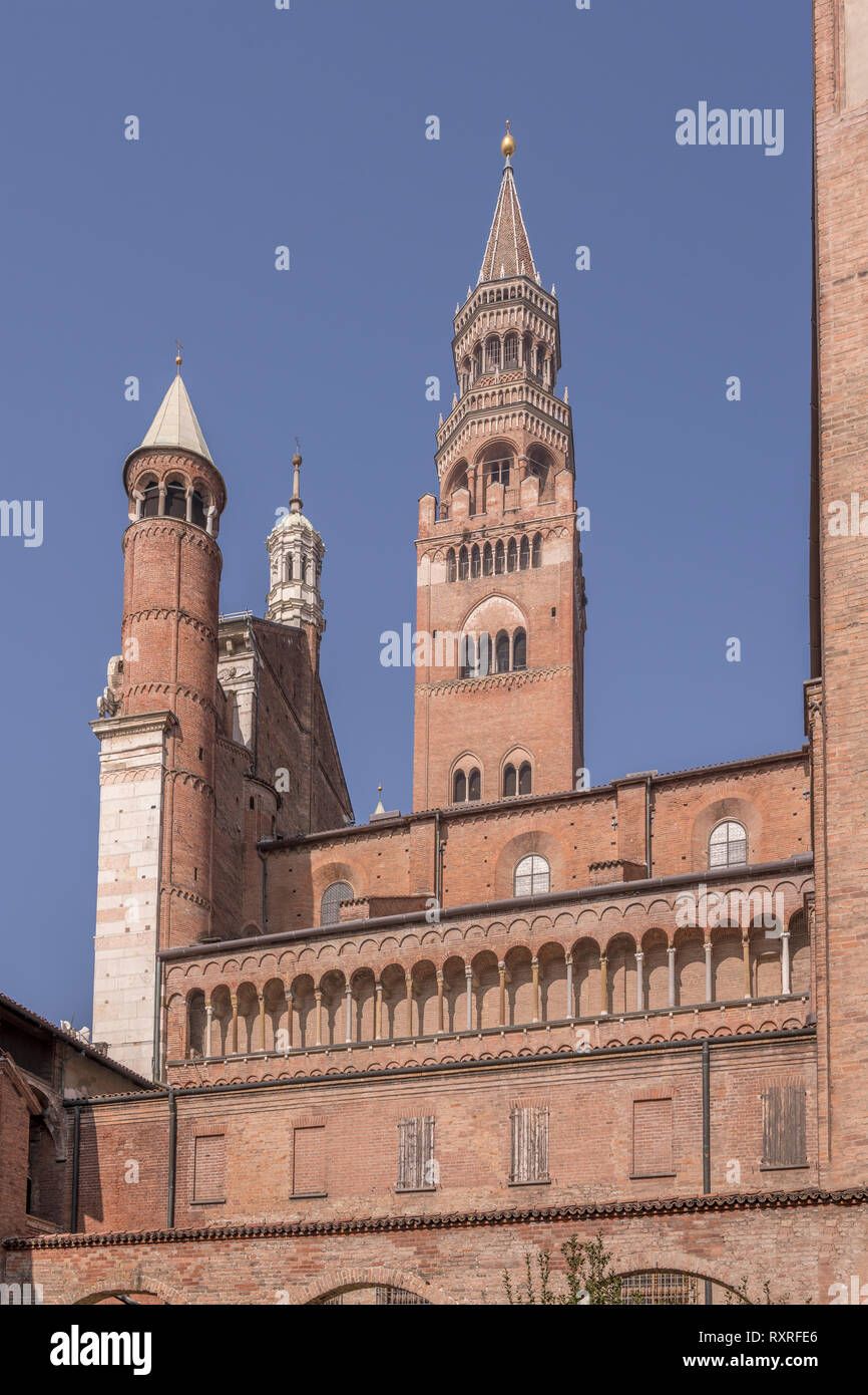 view of mullions on Romanseque Cathedral south side, shot in bright winter light at Cremona, Lombardy,  Italy - Stock Image