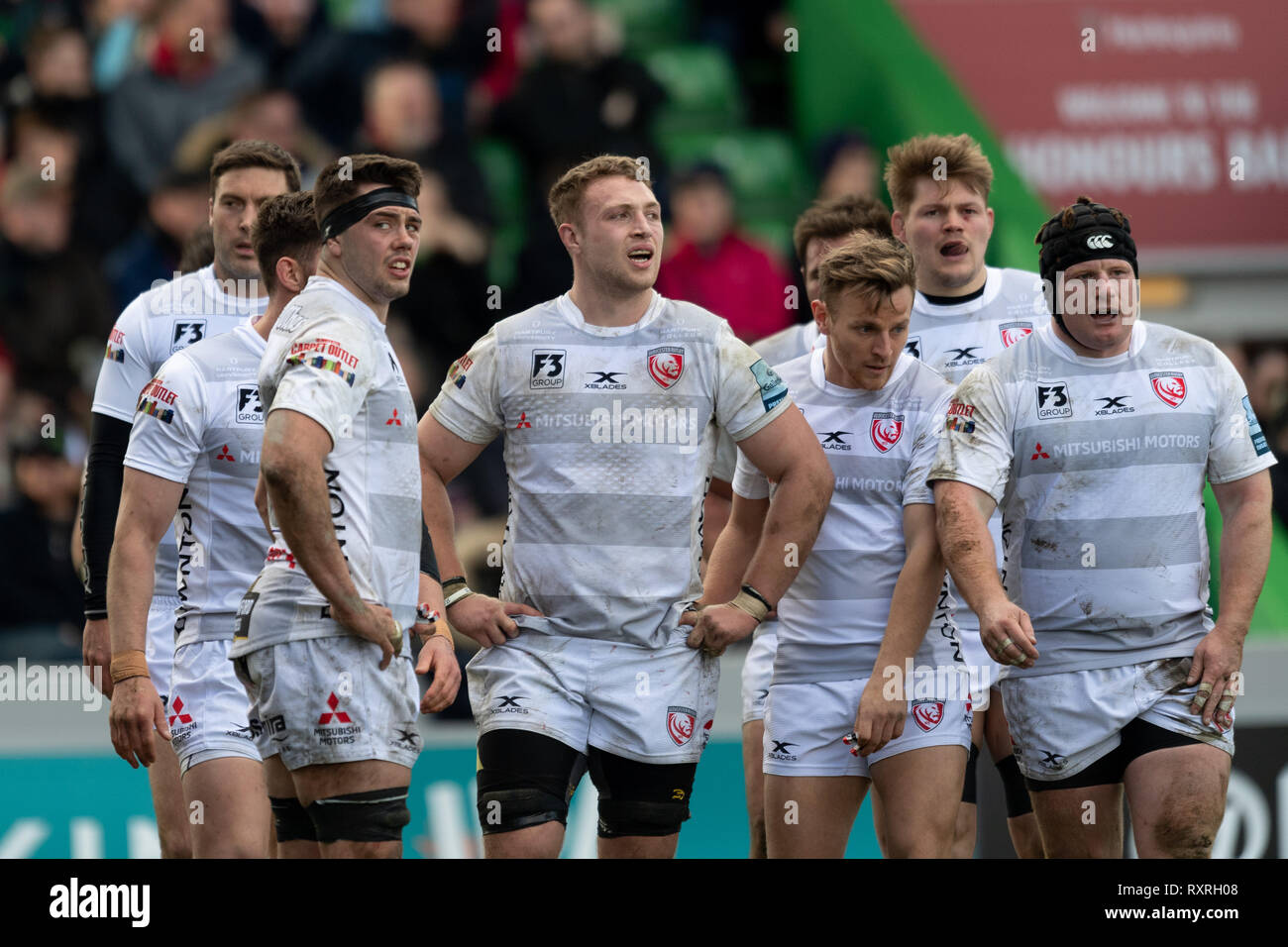 London, UK. 10th Mar 2019. Gloucester team look disappointed during Gallagher Premiership match between Harlequins and Gloucester Rugby at Twickenham Stoop on Sunday, 10 March 2019. LONDON ENGLAND.  (Editorial use only, license required for commercial use. No use in betting, games or a single club/league/player publications.) Credit: Taka G Wu/Alamy News Stock Photo