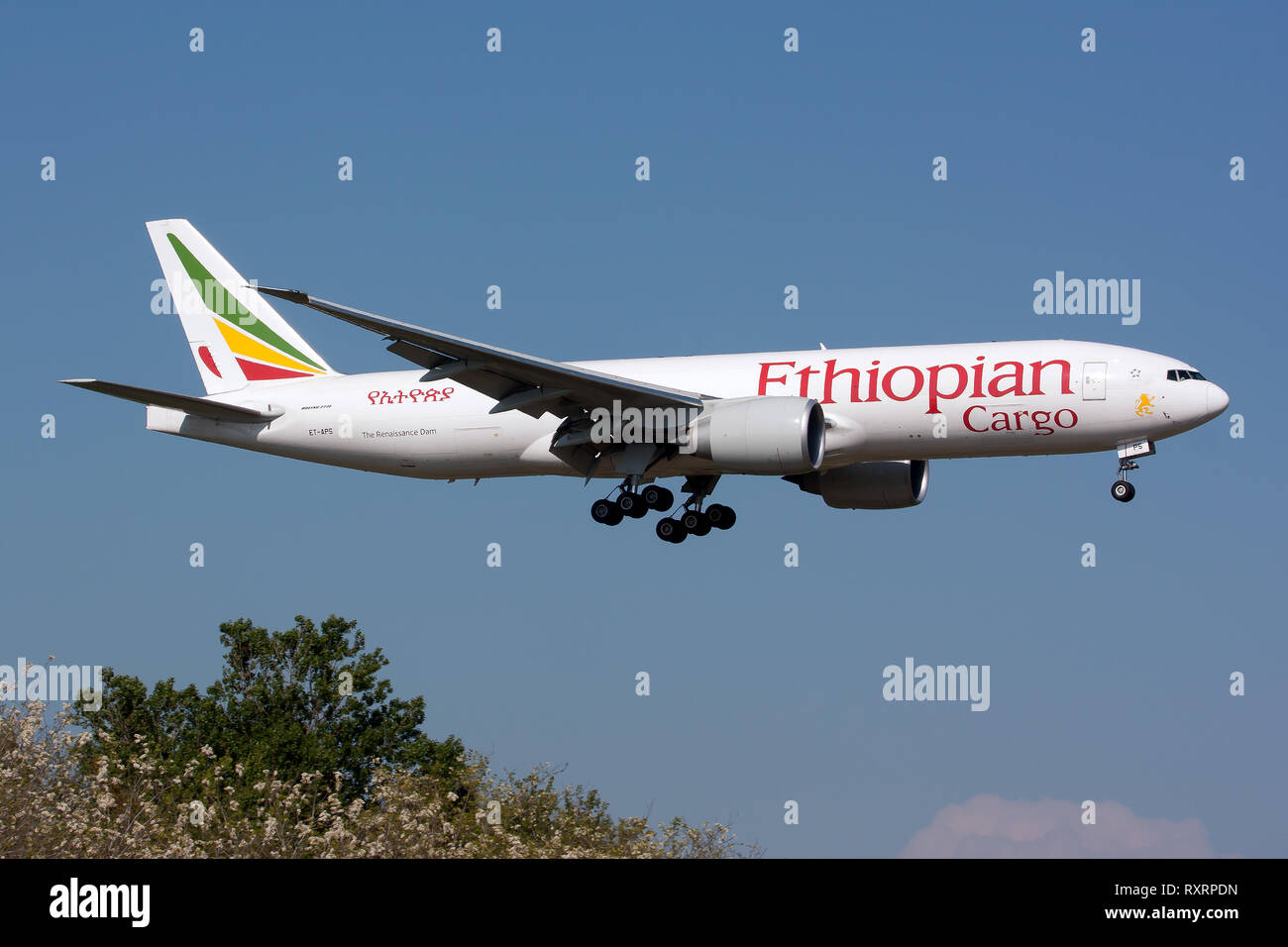 Rome, Italy. 21st Apr, 2014. Ethiopian Cargo Boeing 777 freighter seen landing at Rome Fiumicino airport. Credit: Fabrizio Gandolfo/SOPA Images/ZUMA Wire/Alamy Live News - Stock Image