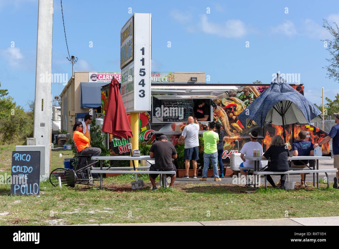 Taco sreet food van - Stock Image