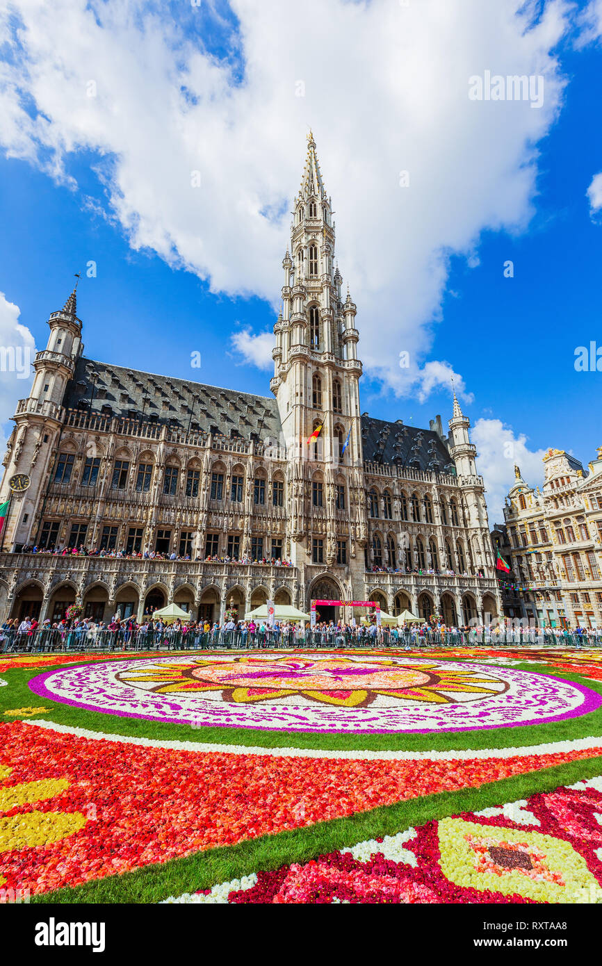 Brussels, Belgium - August 17, 2018: Grand Place during Flower Carpet festival. This year theme was Mexico. - Stock Image