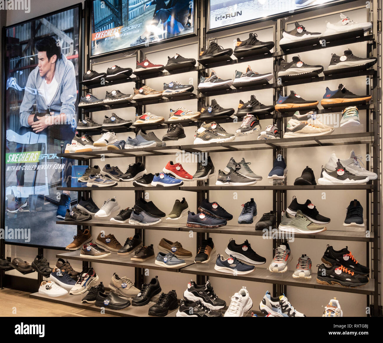 Sketchers footwear store in Spain - Stock Image