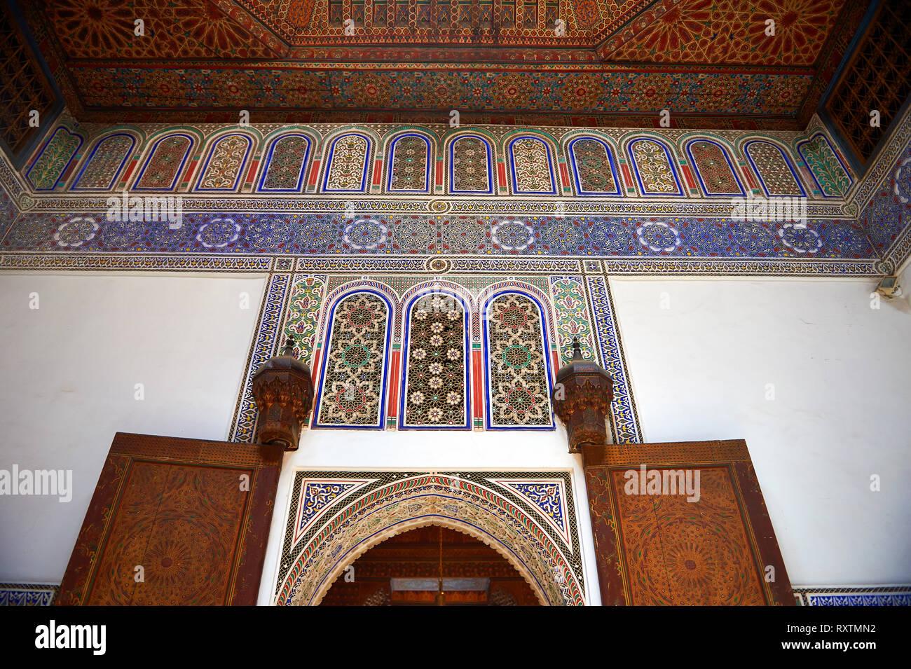 Berber arabesque doors of  the Petite Court, Bahia Palace, Marrakesh, Morroco - Stock Image