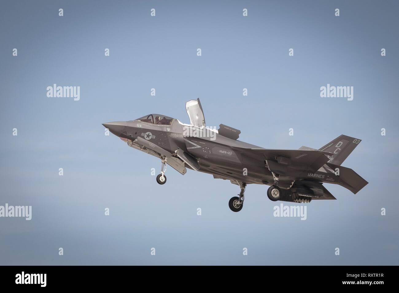 A U S  Marine Corps F-35B Lightning II stealth fighter