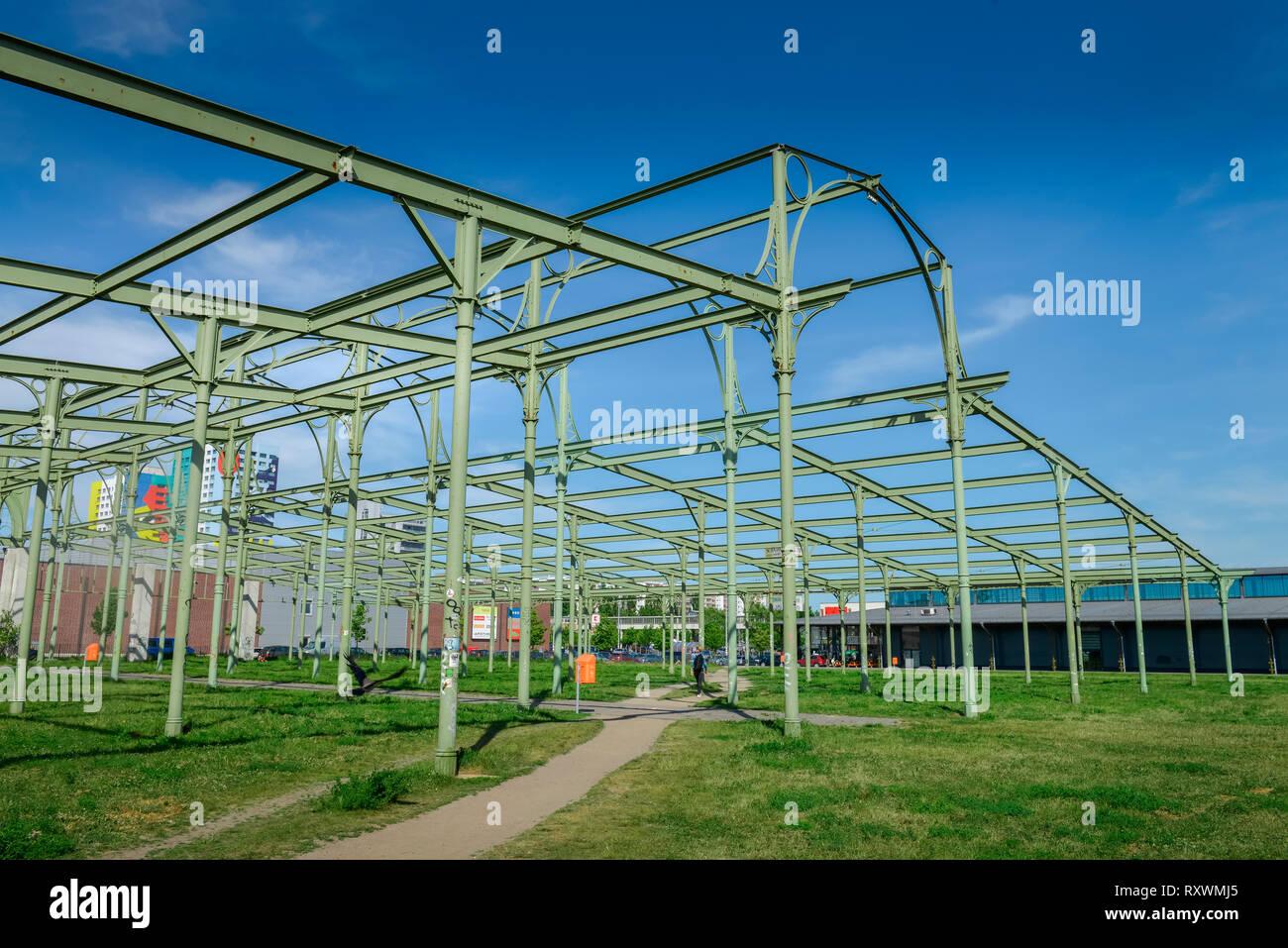 Hammel-Auktionshalle, Hermann-Blankenstein-Park, Alter Schlachthof, Prenzlauer Berg, Berlin, Deutschland - Stock Image