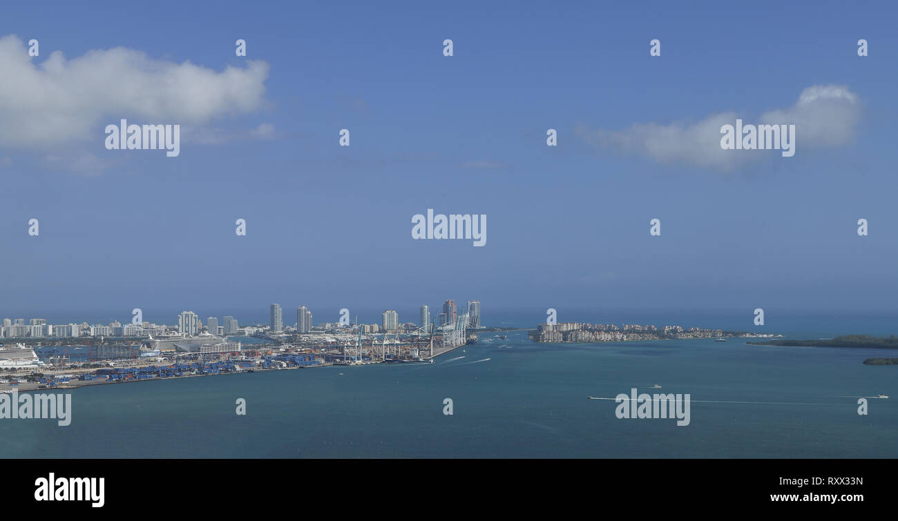 View of miami beach from high up and far away - Stock Image