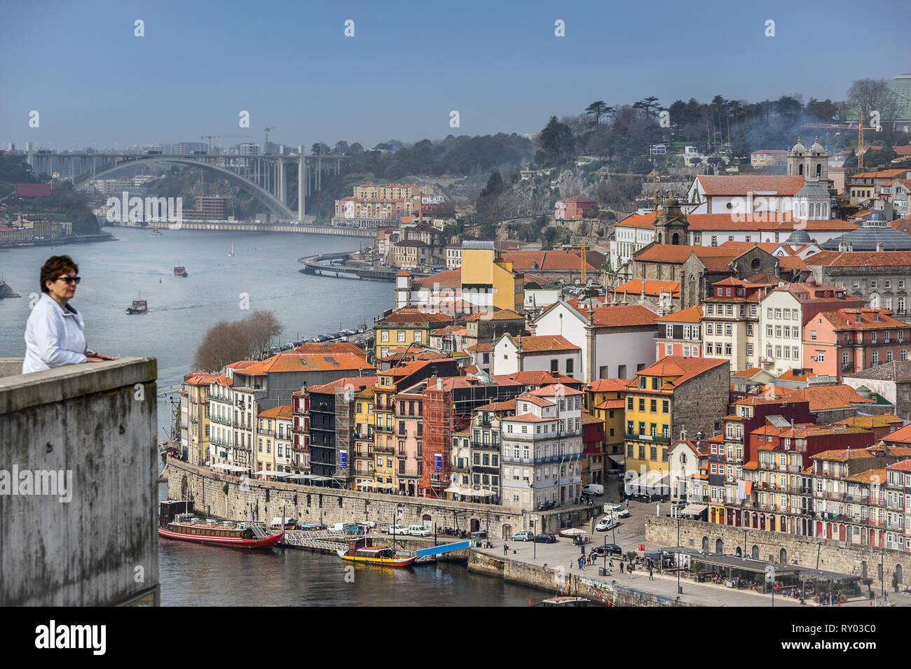 Looking across the Douro river to Riberia in Porto Portugal - Stock Image