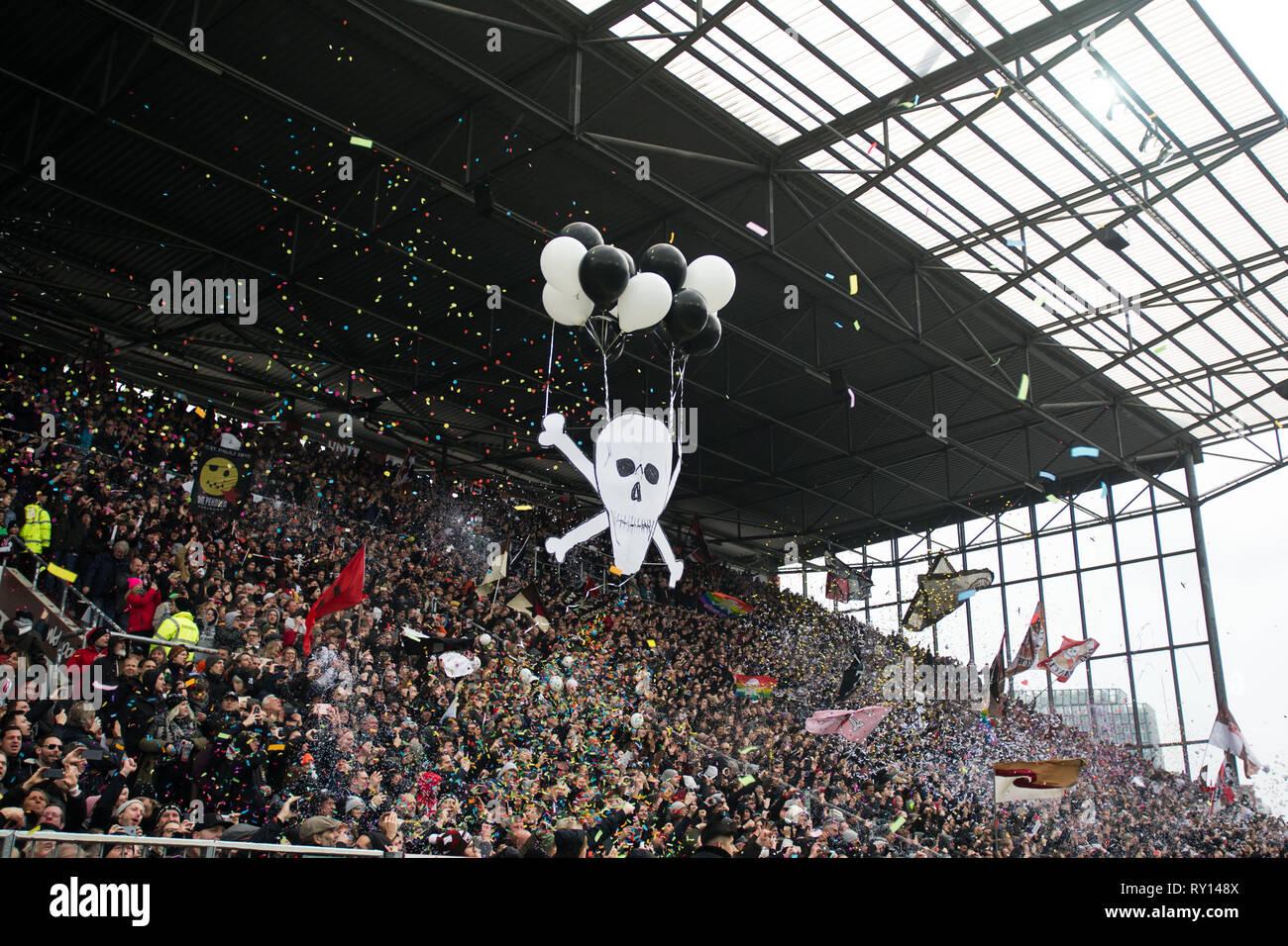 a409f4836ca Hamburg Fc St Pauli Fans Stock Photos   Hamburg Fc St Pauli Fans ...