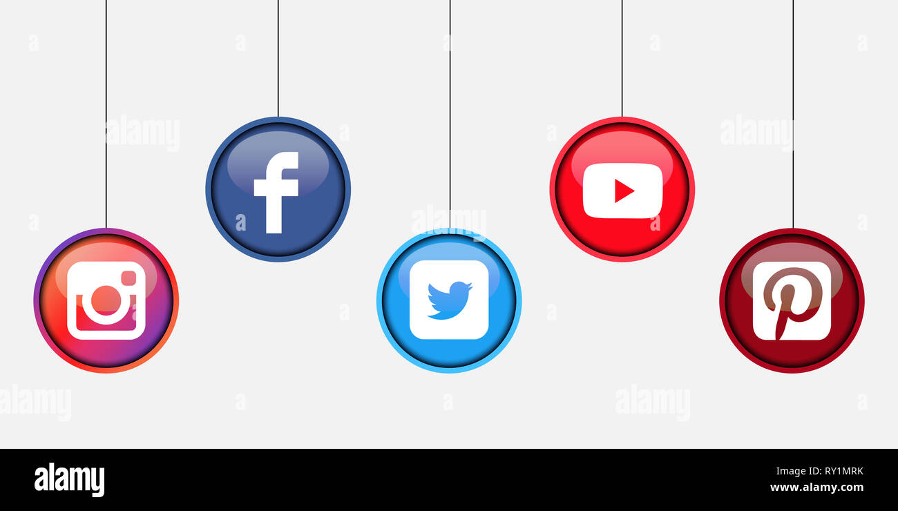 Facebook Instagram Twitter Stock Photos & Facebook Instagram Twitter