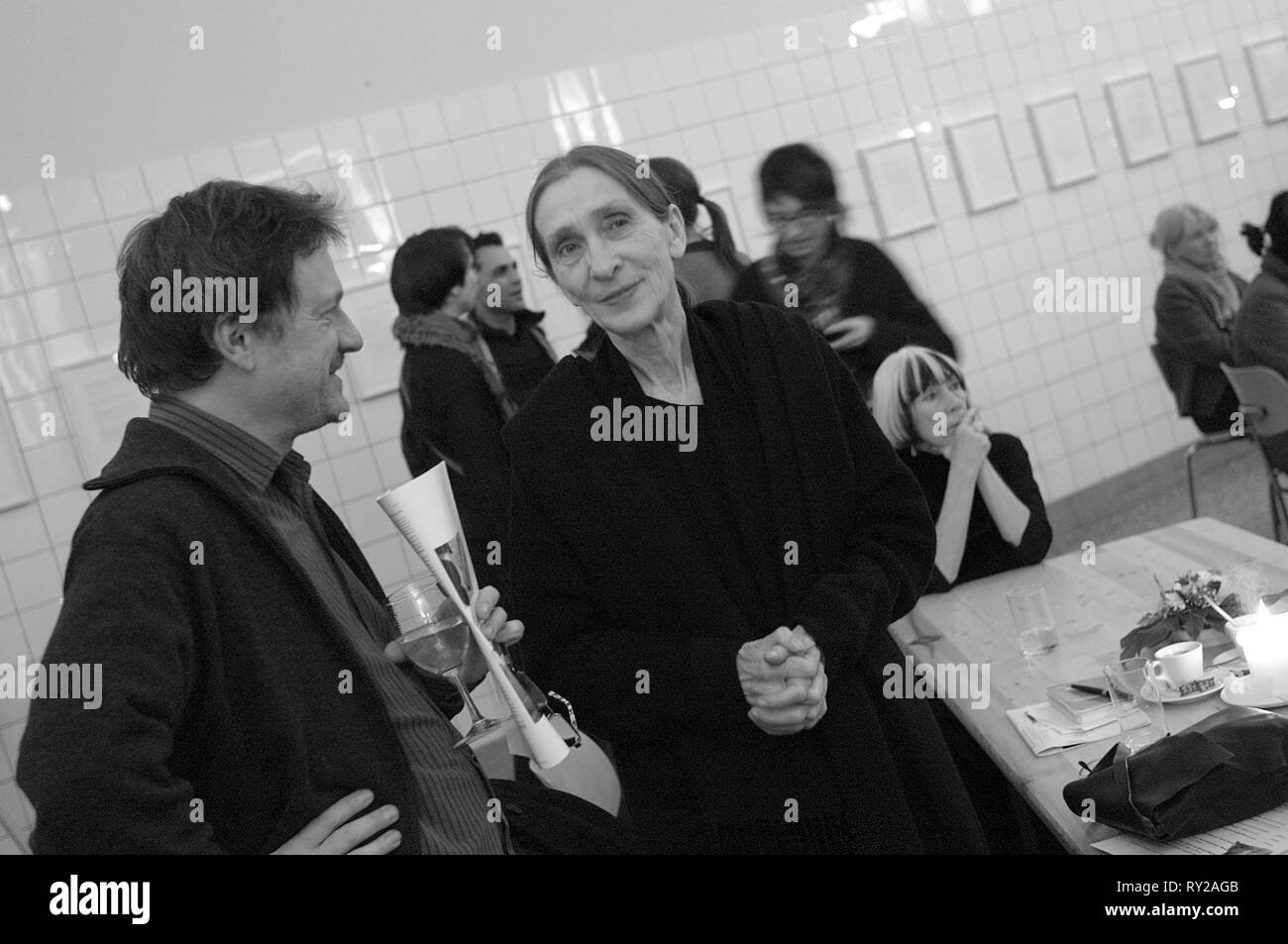 Germany, Essen, 24.11.2008: Pina Bausch in conversation with Thierry de Mey after a dance gala at PACT Zollverein as part of the International, Deutsc - Stock Image