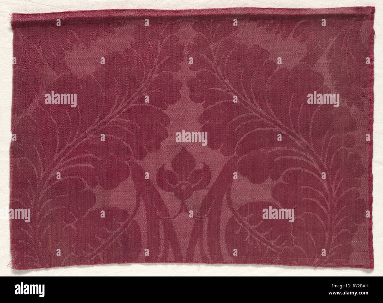 Damask with Leaf and Floral Design, 1700s - 1800s. England, 18th-19th century. Damask; wool; overall: 36.4 x 50.9 cm (14 5/16 x 20 1/16 in - Stock Image