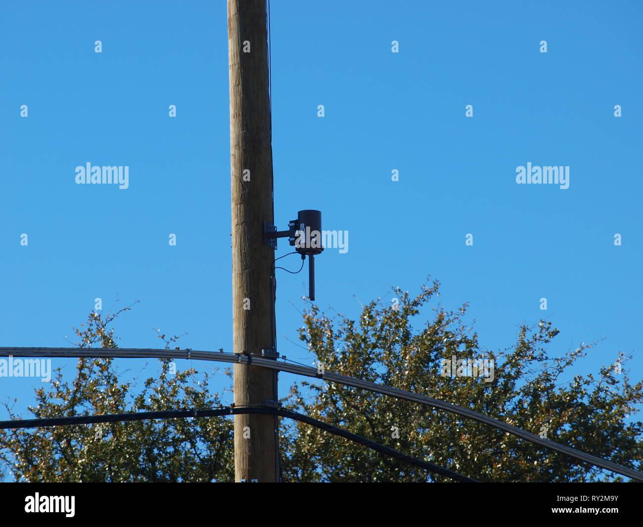 5G Technology Radiates Dallas Metroplex - OL7837922 - Stock Image