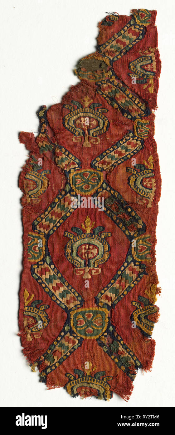 Fragmentary Ornament from a Tunic with Lozenges and Medallions, mid 700s - mid 800s. Egypt, Abbasid period, mid-8th to mid-9th century. Tapestry weave; wool and linen; overall: 33 x 12.1 cm (13 x 4 3/4 in - Stock Image