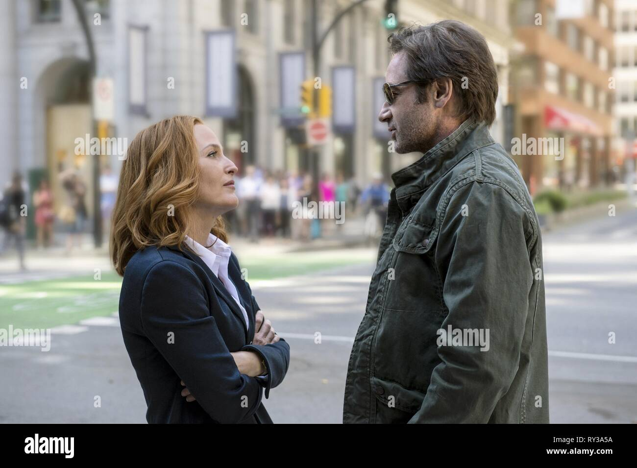 ANDERSON,DUCHOVNY, THE X-FILES, 2016 - Stock Image