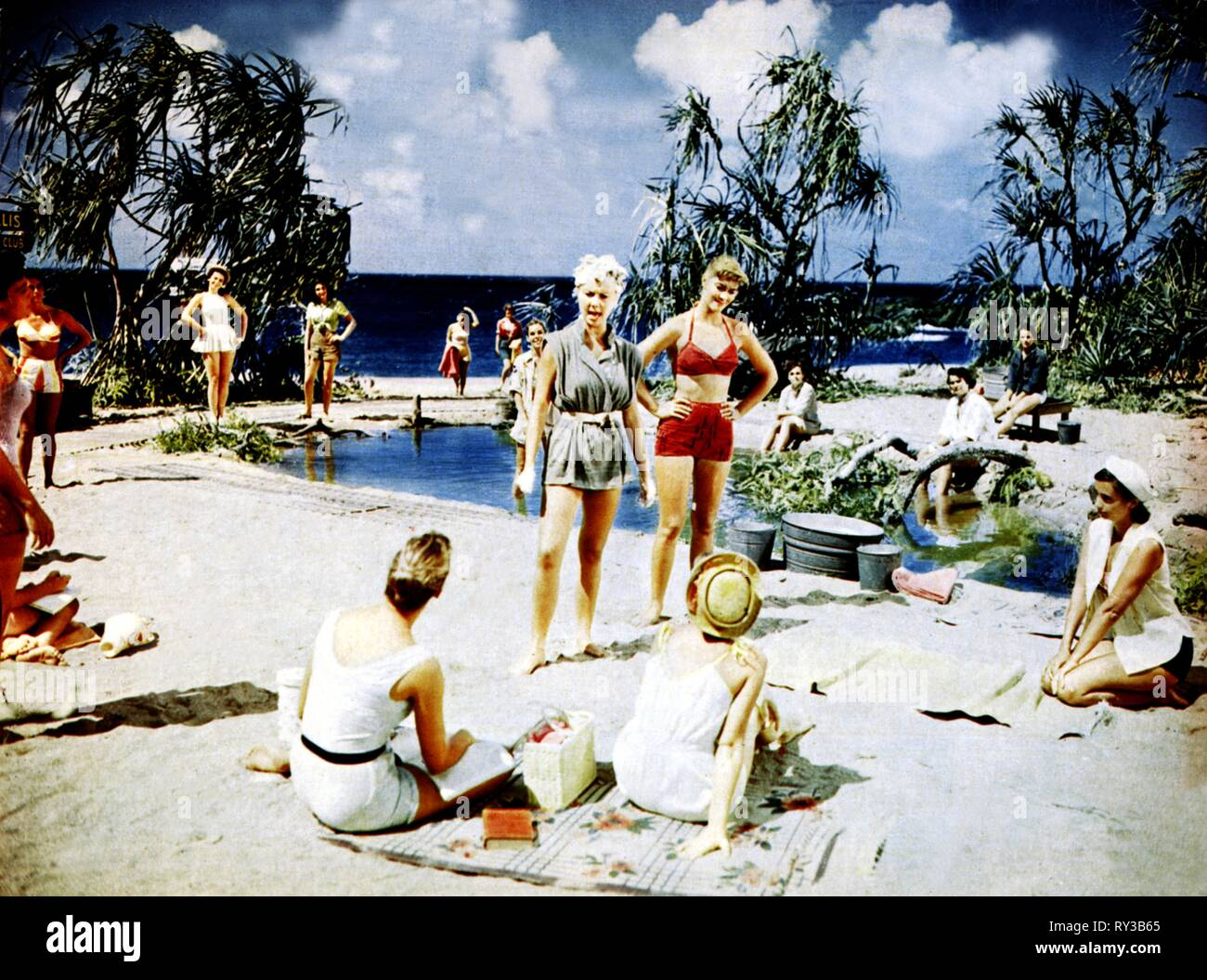 SCENE WITH MITZI GAYNOR, SOUTH PACIFIC, 1958 - Stock Image
