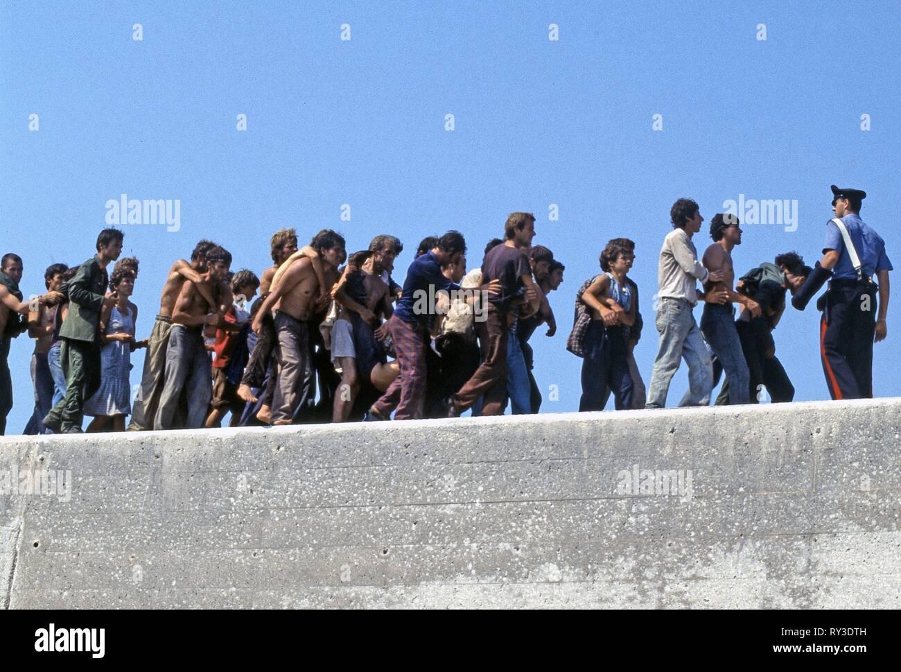 ALBANIAN MIGRANTS, LA NAVE DOLCE, 2012 - Stock Image