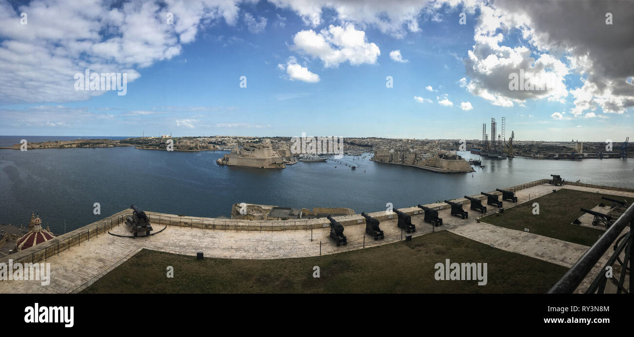 View of the Saluting Battery, and the Grand Harbour, from Upper Barrakka Gardens, Valletta, Malta, 20 February 2019. - Stock Image