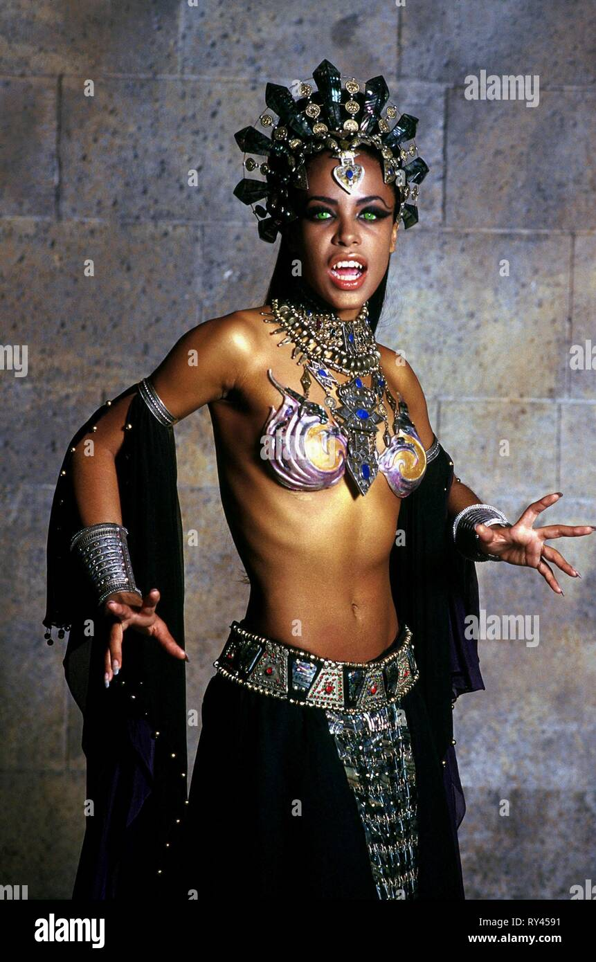AALIYAH, QUEEN OF THE DAMNED, 2002 - Stock Image
