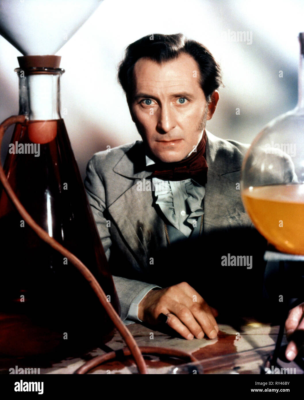 PETER CUSHING, THE REVENGE OF FRANKENSTEIN, 1958 - Stock Image