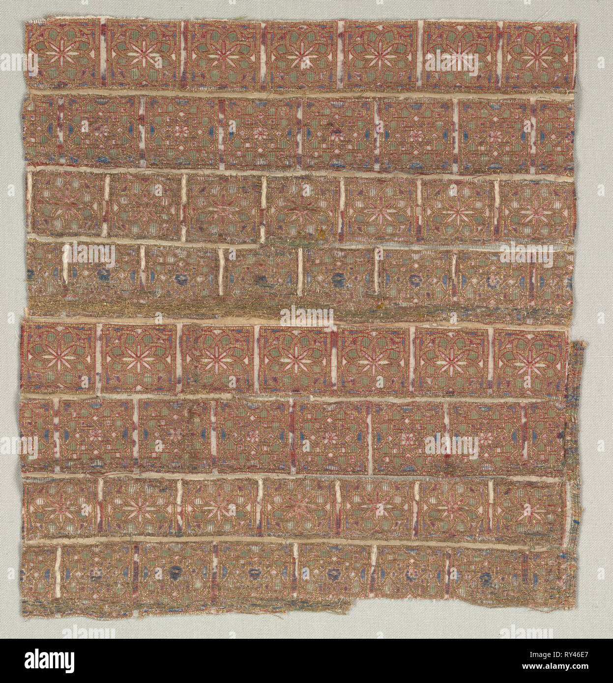 Vestment fragment with stars in staggered squares, 1200s. Spain, probably Almeria. Lampas with areas of double cloth: silk and gold thread; average: 27.7 x 26.1 cm (10 7/8 x 10 1/4 in - Stock Image