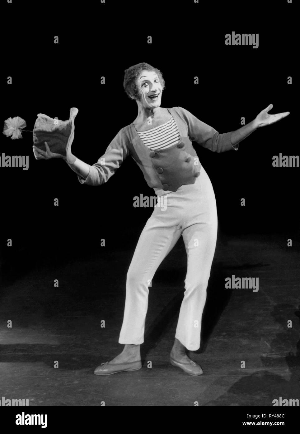 MARCEL MARCEAU, PANTOMIMES, 1954 - Stock Image