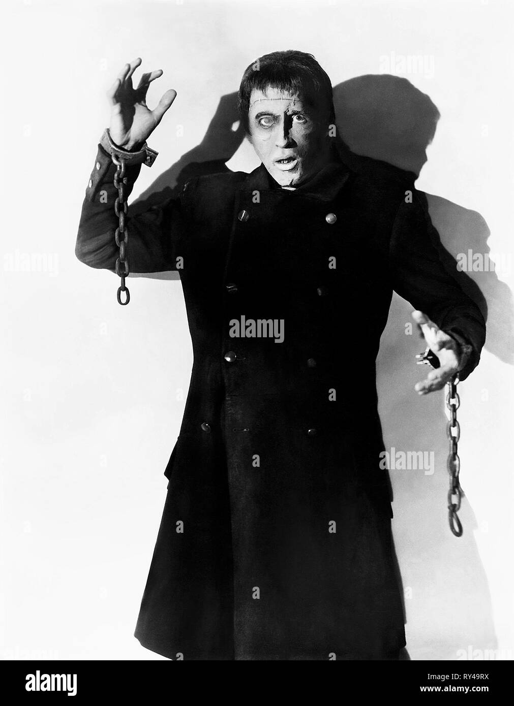 PETER CUSHING, THE CURSE OF FRANKENSTEIN, 1957 - Stock Image