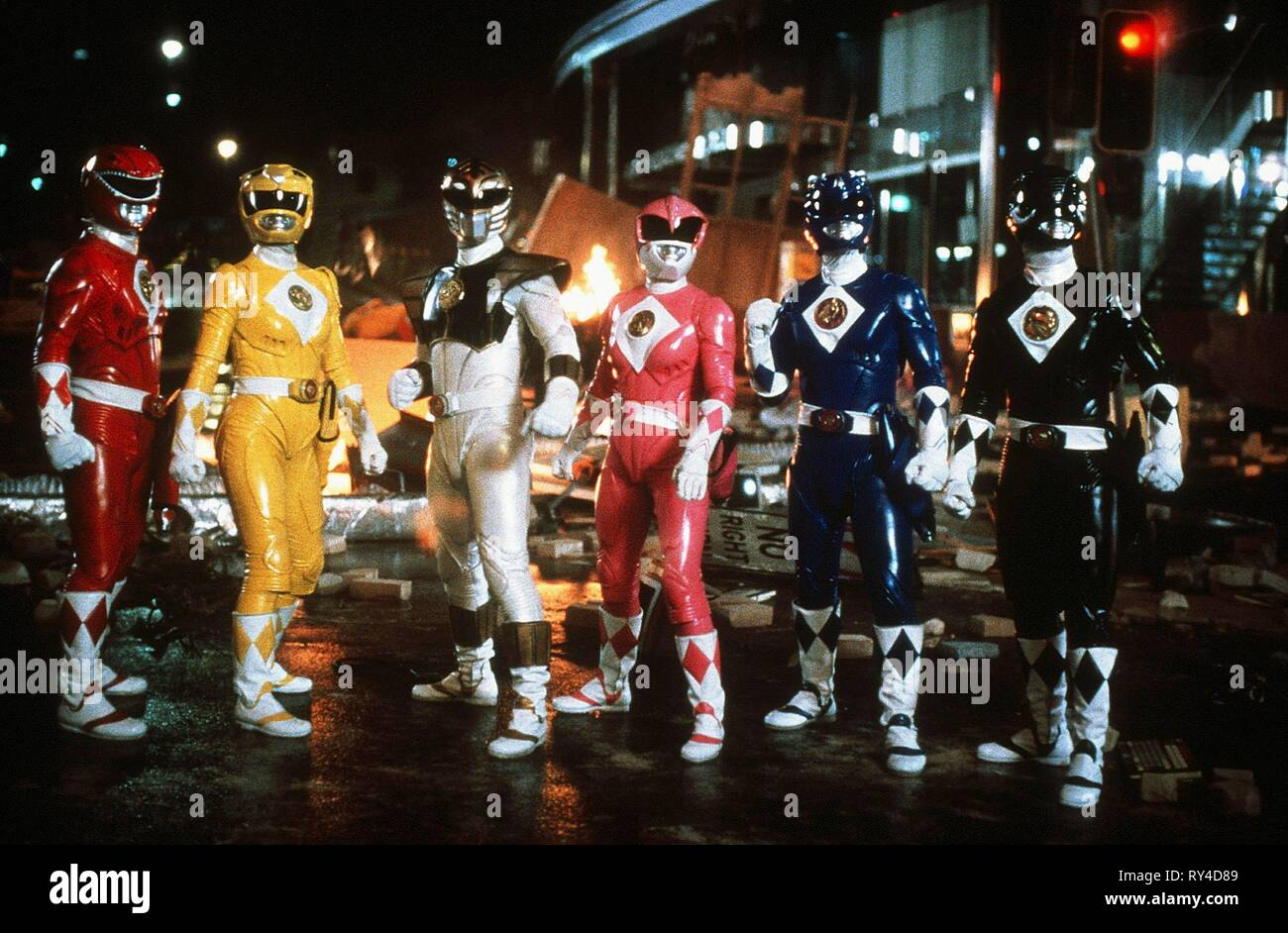 CARDENAS,ASHLEY,FRANK,JOHNSON,YOST,BOSCH, MIGHTY MORPHIN POWER RANGERS: THE MOVIE, 1995 - Stock Image