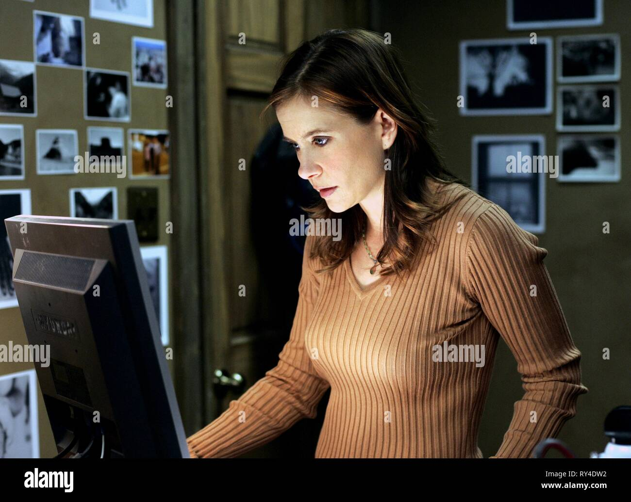 KELLIE MARTIN, MYSTERY WOMAN: SNAPSHOT OF MURDER, 2005 Stock Photo
