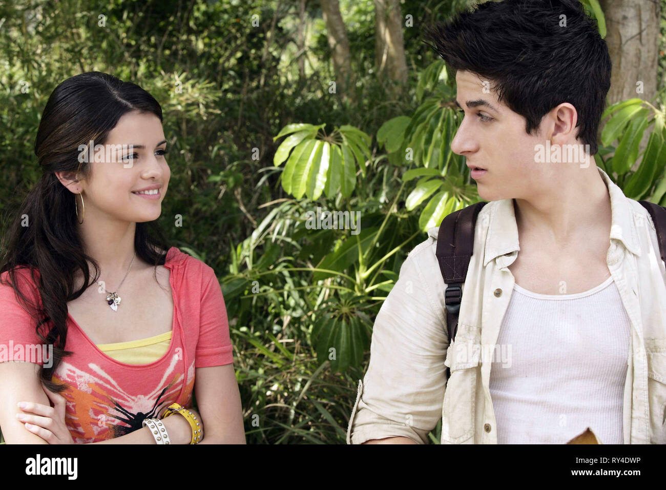 GOMEZ,HENRIE, WIZARDS OF WAVERLY PLACE: THE MOVIE, 2009 - Stock Image
