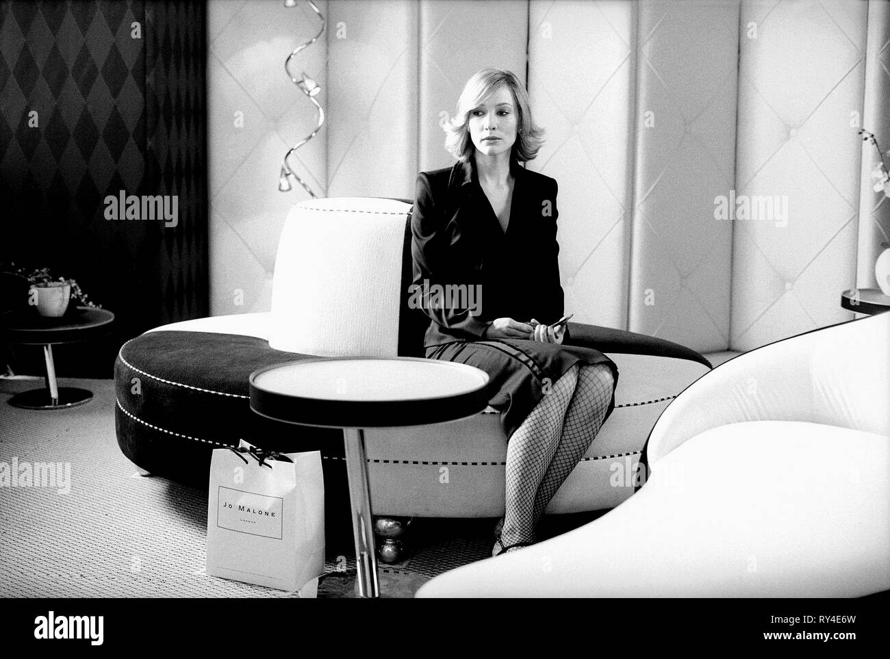 CATE BLANCHETT, COFFEE AND CIGARETTES, 2003 - Stock Image