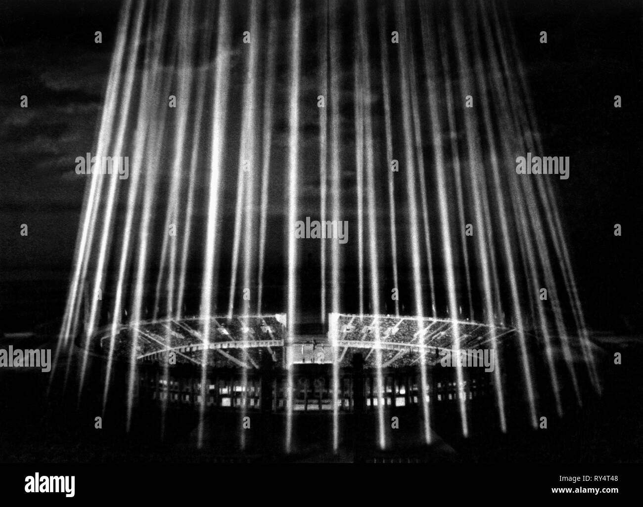 THE BERLIN OLYMPIC STADIUM, OLYMPIA PART 2: THE FESTIVAL OF BEAUTY, 1938 - Stock Image