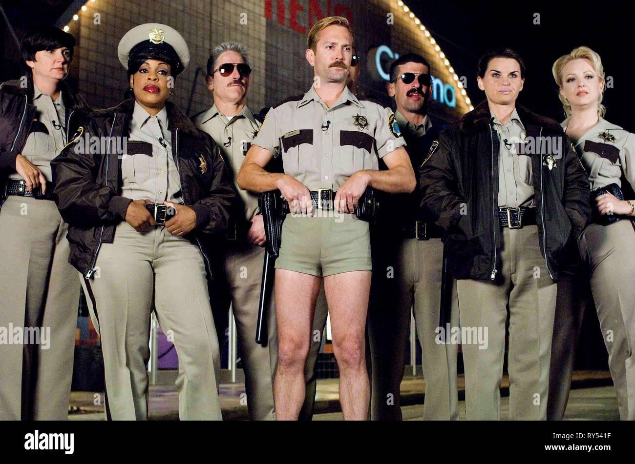 KENNEY,NASH,ALAZRAQUI,LENNON,GARANT,BIRDSONG,MCLENDON-COVEY, RENO 911!: MIAMI, 2007 - Stock Image