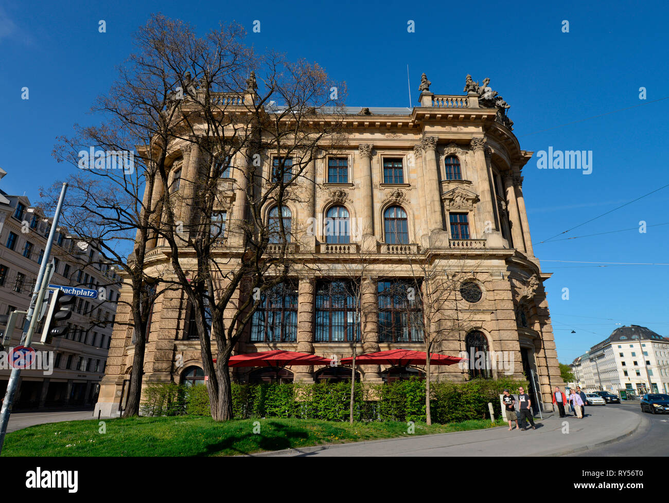 Alte Boerse, Lenbachplatz, Muenchen, Bayern, Deutschland, Alte Börse - Stock Image