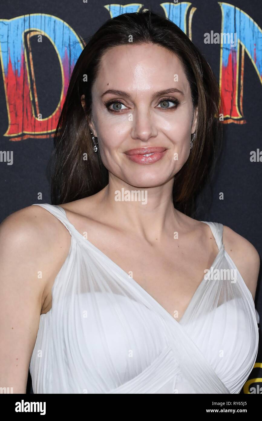 Hollywood, United States. 11th Mar, 2019. HOLLYWOOD, LOS ANGELES, CA, USA - MARCH 11: Actress Angelina Jolie wearing Atelier Versace arrives at the Los Angeles Premiere Of Disney's 'Dumbo' held at The Ray Dolby Ballroom and El Capitan Theatre on March 11, 2019 in Hollywood, Los Angeles, California, United States. (Photo by David Acosta/Image Press Agency) Credit: Image Press Agency/Alamy Live News - Stock Image