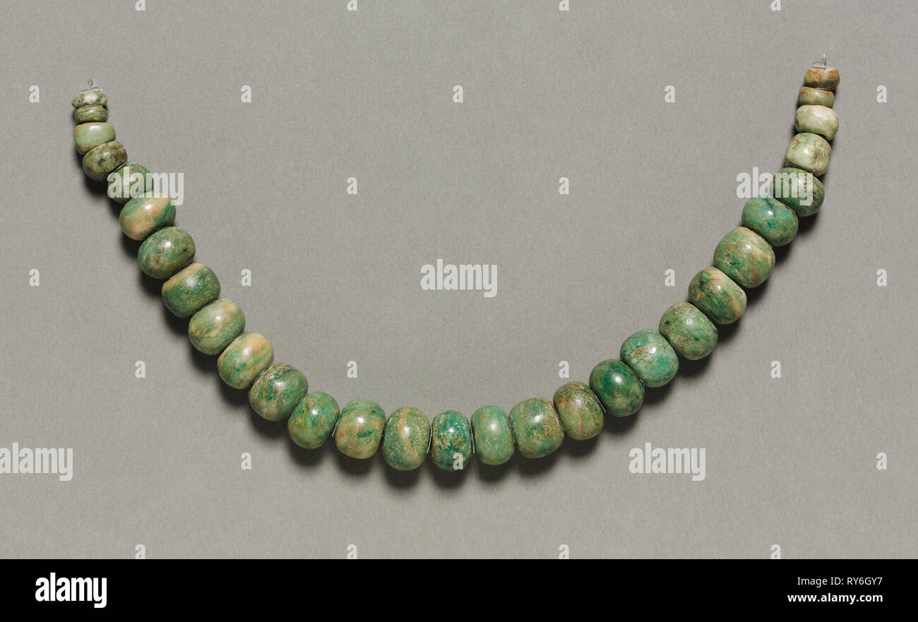 Necklace and Nose Ornament, 150-200. Central Mexico, Teotihuacán, Classic Period. Jadeite-albitite?, gold; overall: 40.3 cm (15 7/8 in.); each bead: 2 cm (13/16 in - Stock Image