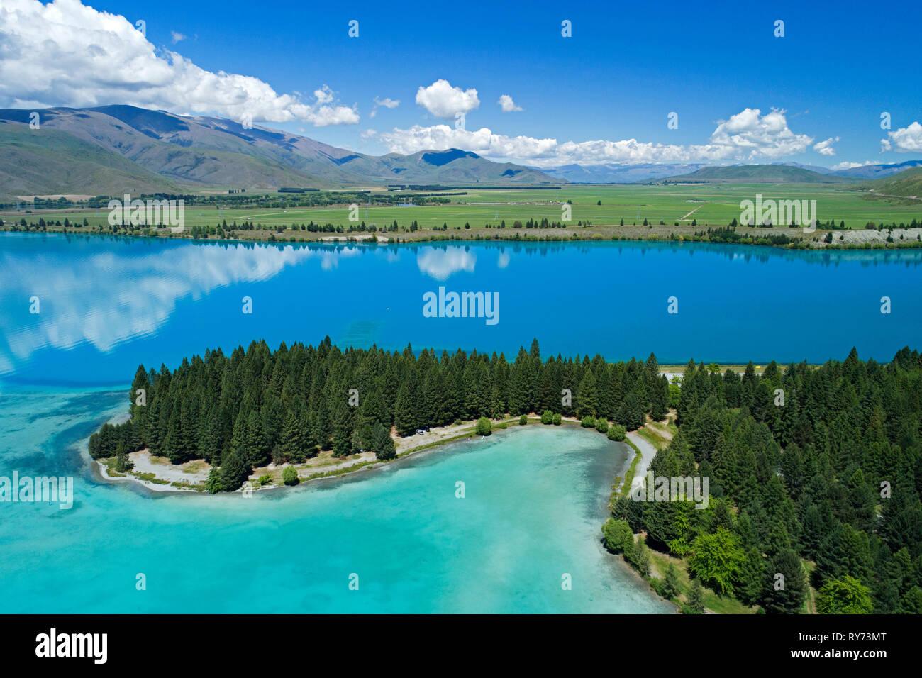 Lake Ruataniwha and Benmore Range, Mackenzie Country, South Island, New Zealand - aerial - Stock Image