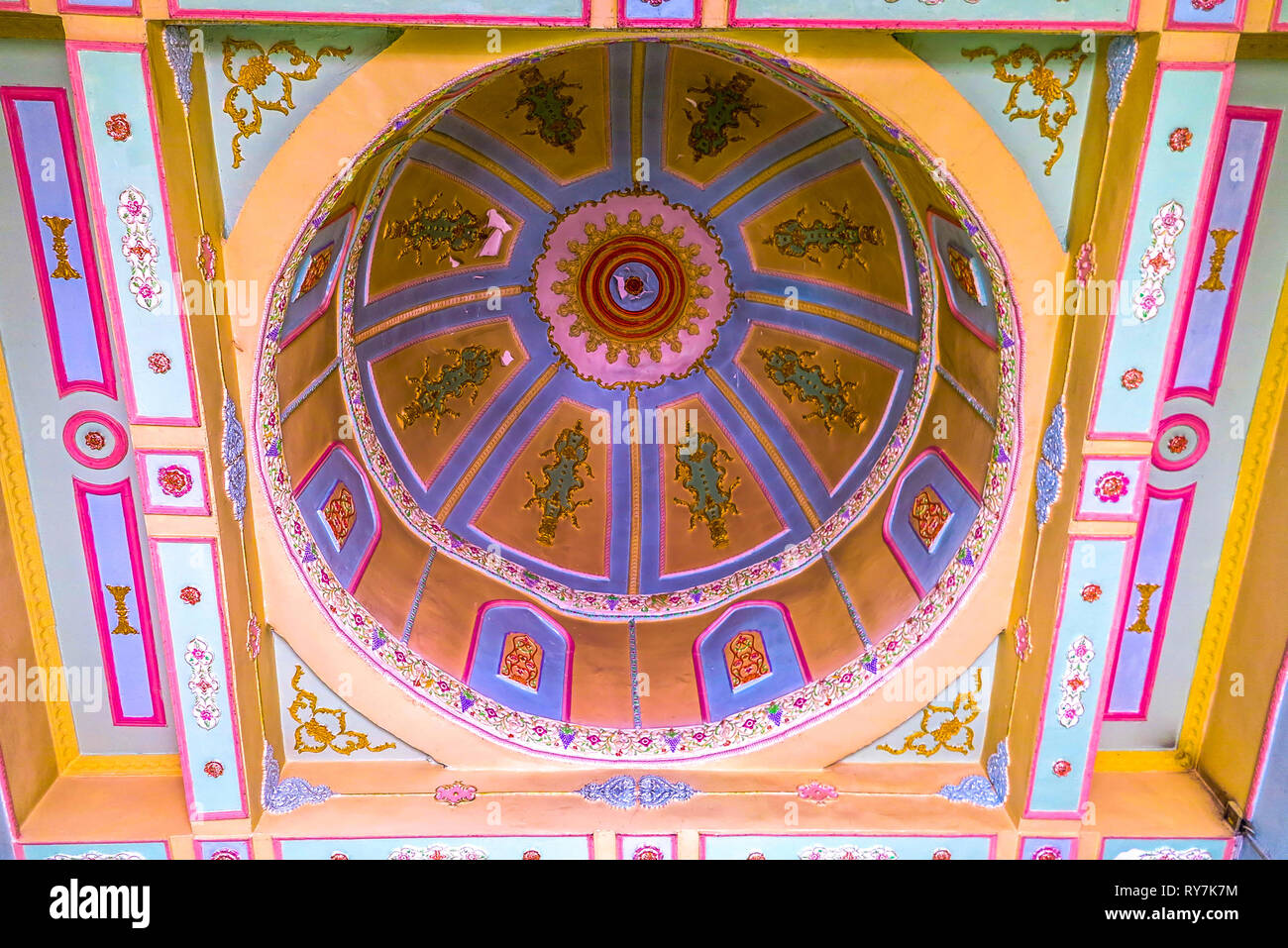 Kuche Royal King Palace Mosque Dome Ceiling Ornament - Stock Image